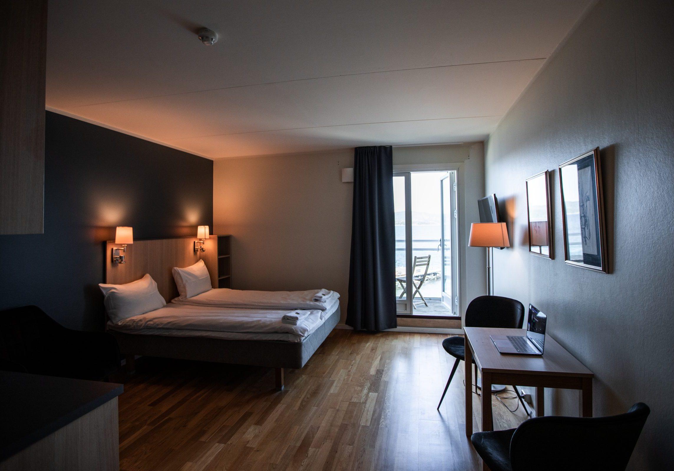 Aurora_Torres_Heyerdahl_HolmestrandFjordhotell2